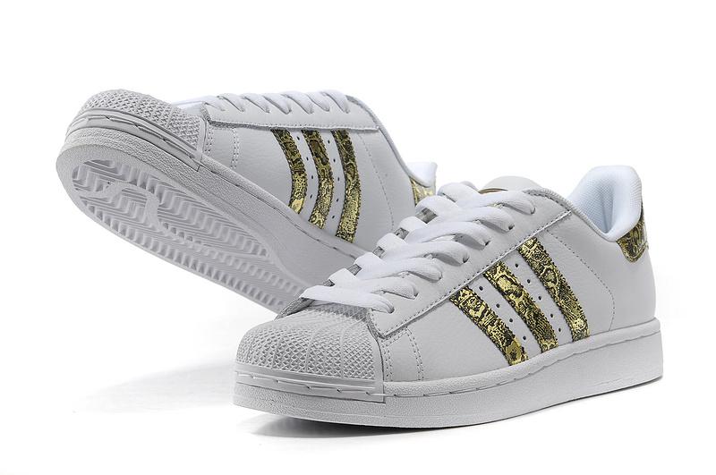 super popular 996ed 833fe ... Men  s Women  s Adidas Originals Superstar 2 Bling Casual Shoes ...
