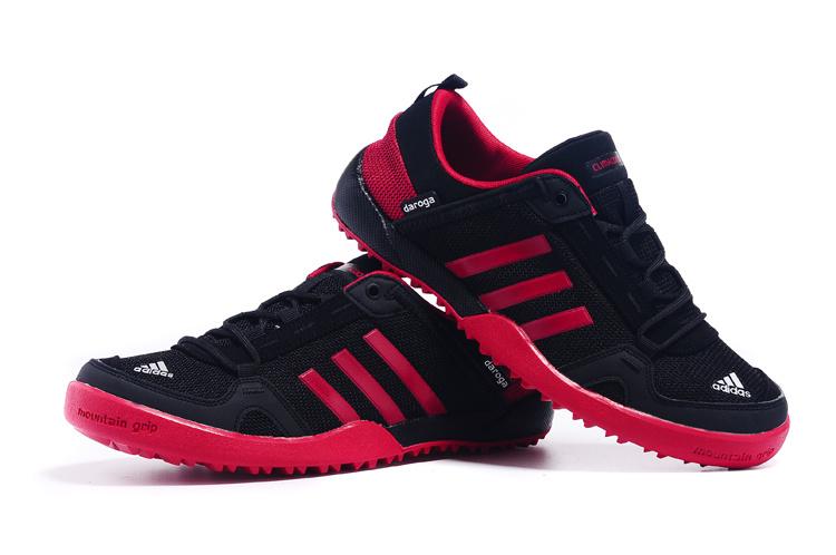 Men\'s Adidas Outdoor Daroga Two 11 CC Shoes Black/Crimson D98802 ...